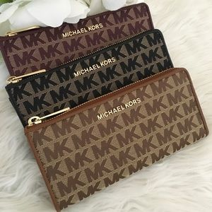 Michael Kors jet set three quarter zip wallet